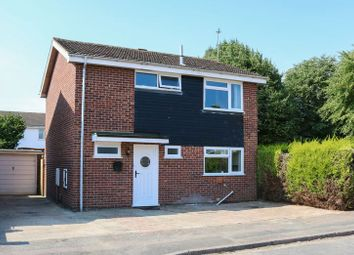 Thumbnail 3 bed detached house for sale in Evenlode Close, Grove, Wantage