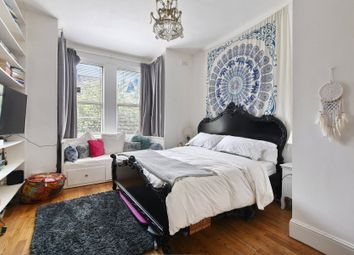 Thumbnail 2 bedroom flat to rent in Ferme Park Road, Crouch End, London
