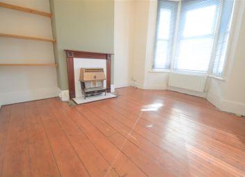 2 bed property to rent in Waterloo Road, Gillingham ME7