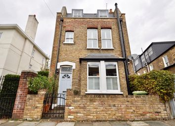 3 bed property for sale in Westville Road, London W12