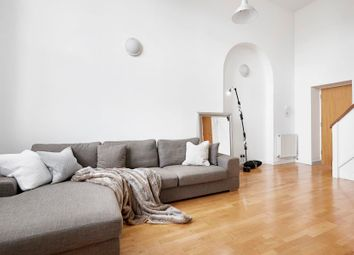 Thumbnail 1 bedroom flat for sale in Old School Square, Canary Wharf