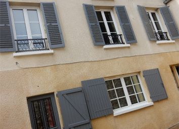 Thumbnail 2 bed town house for sale in Île-De-France, Yvelines, Andresy