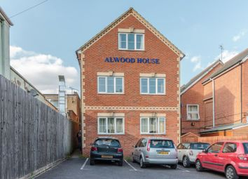 Thumbnail 2 bed flat for sale in Reading Road South, Fleet