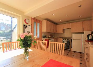 Thumbnail 4 bed property to rent in North Luton Place, Roath, Cardiff