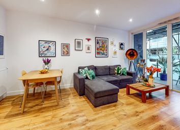 Whiston Road, London E2. 1 bed flat for sale