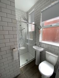 Thumbnail 7 bed shared accommodation to rent in The Crescent, Abington, Northampton
