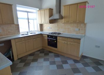 3 bed flat to rent in Boundary Road, Hove BN3
