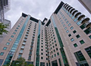 Thumbnail 1 bed flat to rent in Discovery Dock East, South Quay Square, Docklands