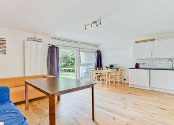 4 bed maisonette to rent in Cedars Road, London SW4
