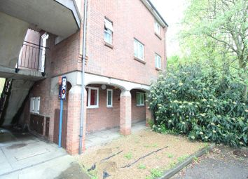 Thumbnail 2 bed flat to rent in Brackley Crescent, Basildon