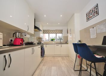 3 bed terraced house to rent in Waterville Drive, Basildon SS16