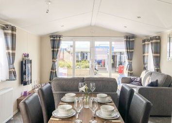 Thumbnail Mobile/park home for sale in Sands Lane, Barmston, Driffield
