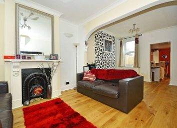 Thumbnail 2 bed property to rent in Wakelin Road, Stratford