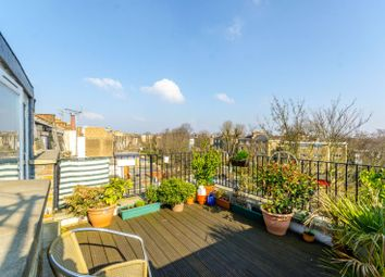 2 bed flat for sale in Brecknock Road, Tufnell Park, London N7