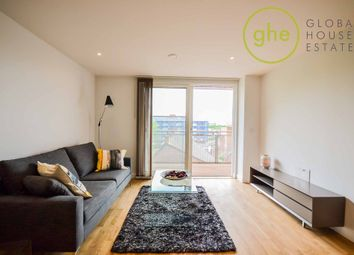 Thumbnail 1 bed flat to rent in Rochdale Way, London