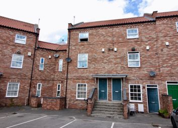 Thumbnail 2 bed flat for sale in Wellesley Court, Retford