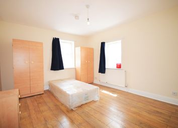 Thumbnail 2 bed flat to rent in North Grove, London