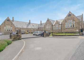 4 bed town house for sale in Cross Hall Court, Morley LS27