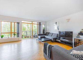 2 bed flat to rent in Renaissance Walk, Greenwich Millennium Village, London SE10