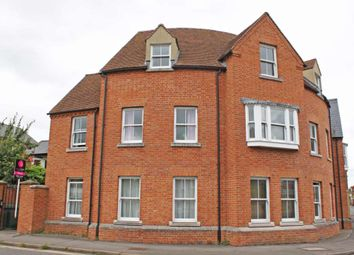 Thumbnail 1 bed flat to rent in Wood Street, Wallingford