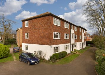 Thumbnail 2 bed flat to rent in Park Road, Berrylands, Surbiton