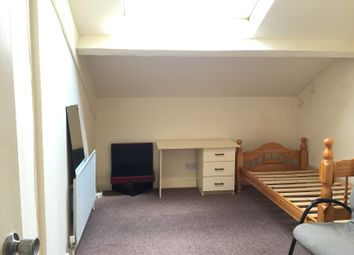 Thumbnail 4 bed shared accommodation to rent in Claremont, Bradford