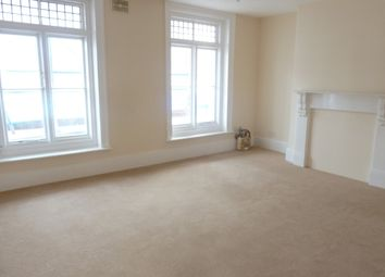 2 bed flat to rent in Broadway, Sheerness ME12