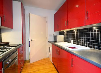 Albert Road, Silvertown, London E16. 2 bed flat for sale