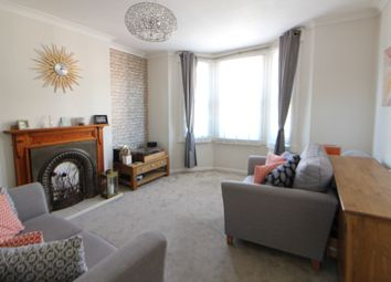 Thumbnail 1 bed flat to rent in College Road, Bromley