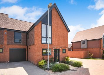 Thumbnail 2 bedroom link-detached house for sale in Niblick Green, Chelmsford