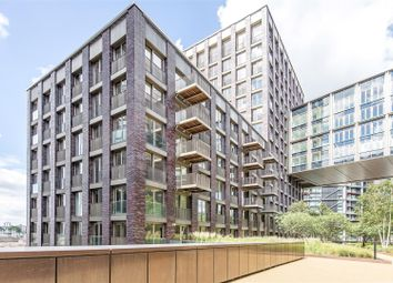 Thumbnail 1 bed flat to rent in Capital Building, Embassy Gardens, 8 New Union Square, Nine Elms, London