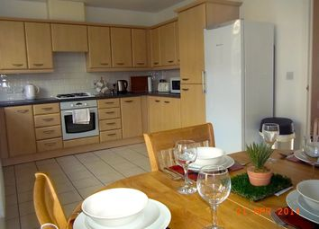 Thumbnail Room to rent in Earl Of Chester Drive, Deepcut, Camberley