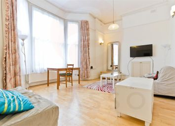 Thumbnail 3 bed flat to rent in South Hill Park, Hampstead