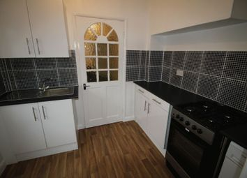 Thumbnail 2 bedroom flat to rent in Bath Road, Slough