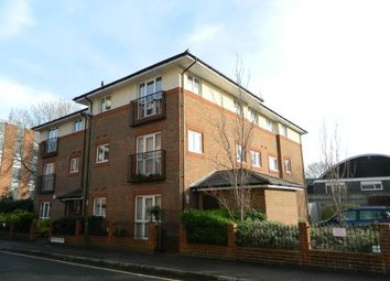 Thumbnail 2 bed flat to rent in Chichester Terrace, Horsham
