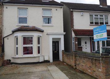 Thumbnail 3 bed flat to rent in Ravenscroft Road, Beckenham