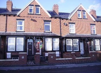 Thumbnail 2 bedroom flat to rent in Maud Avenue, Beeston, Leeds