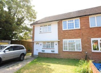 Thumbnail 2 bed maisonette to rent in Flaxman Close, Earley, Reading, Berkshire