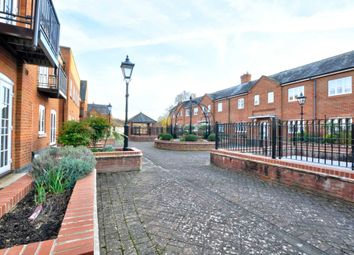 Thumbnail 2 bed flat to rent in Malthouse Way, Marlow