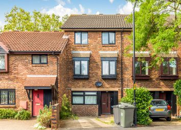 Thumbnail 4 bed property to rent in Allendale Close, Denmark Hill