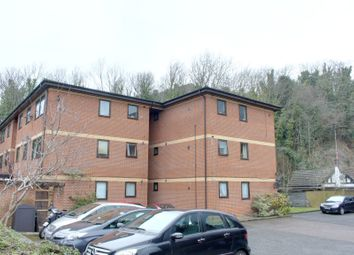 Thumbnail 1 bed flat to rent in Montpelier Road, Purley