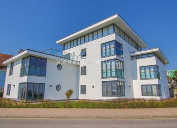 Thumbnail 2 bed flat for sale in Cliff Way, Frinton-On-Sea