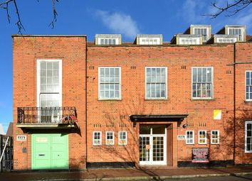 Thumbnail 1 bed flat to rent in Streatham High Road, Streatham
