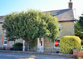 Thumbnail 2 bed flat for sale in Peacemarsh Farm Close, Gillingham