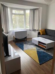 2 bed maisonette to rent in Larkshall Road, Chingford E4