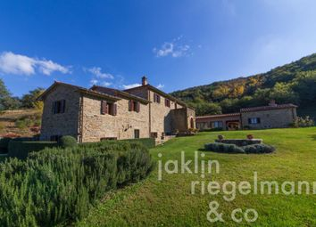 Thumbnail 6 bed country house for sale in Italy, Tuscany, Arezzo, Cortona.