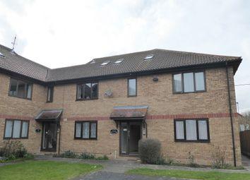 Thumbnail 1 bedroom flat to rent in Cranleigh Gardens, Whitstable