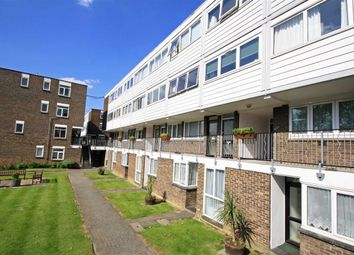 Thumbnail 1 bed flat to rent in Fairlea Place, London
