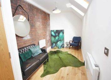 2 bed flat to rent in Harter Street, Manchester M1