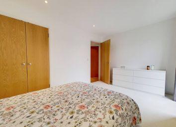 Burcher Gale Grove, Peckham, London SE15. 1 bed flat for sale